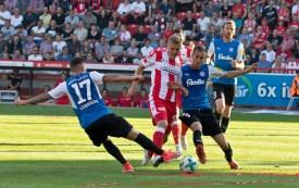 Kroos gets tackled