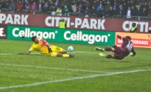 Philipp Hosiner misses the ball by an inch