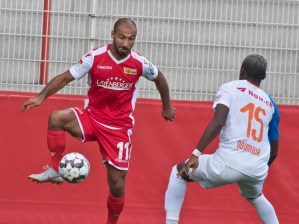 Akaki Gogia on the wing
