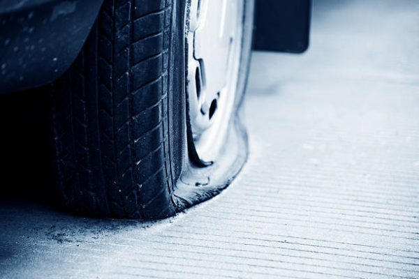 self-healing-rubber-could-mean-the-end-of-flat-tires-03-600x400 (1)
