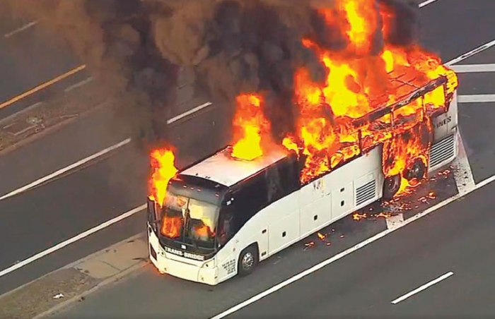 Bus catches fire on Union highway