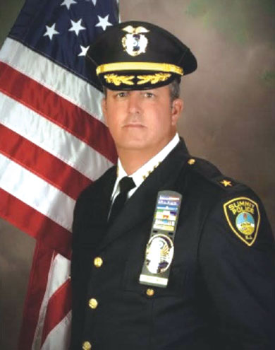 Summit Police Chief Robert Weck announces his retirement after 31 years in law enforcement