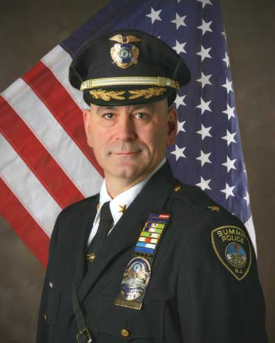 Summit police chief announces his end-of-the-year retirement