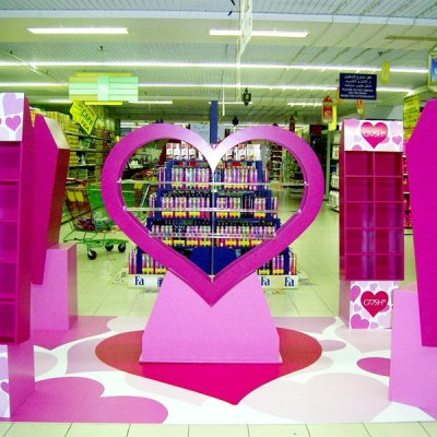 Heart Shape Display and Cabinet