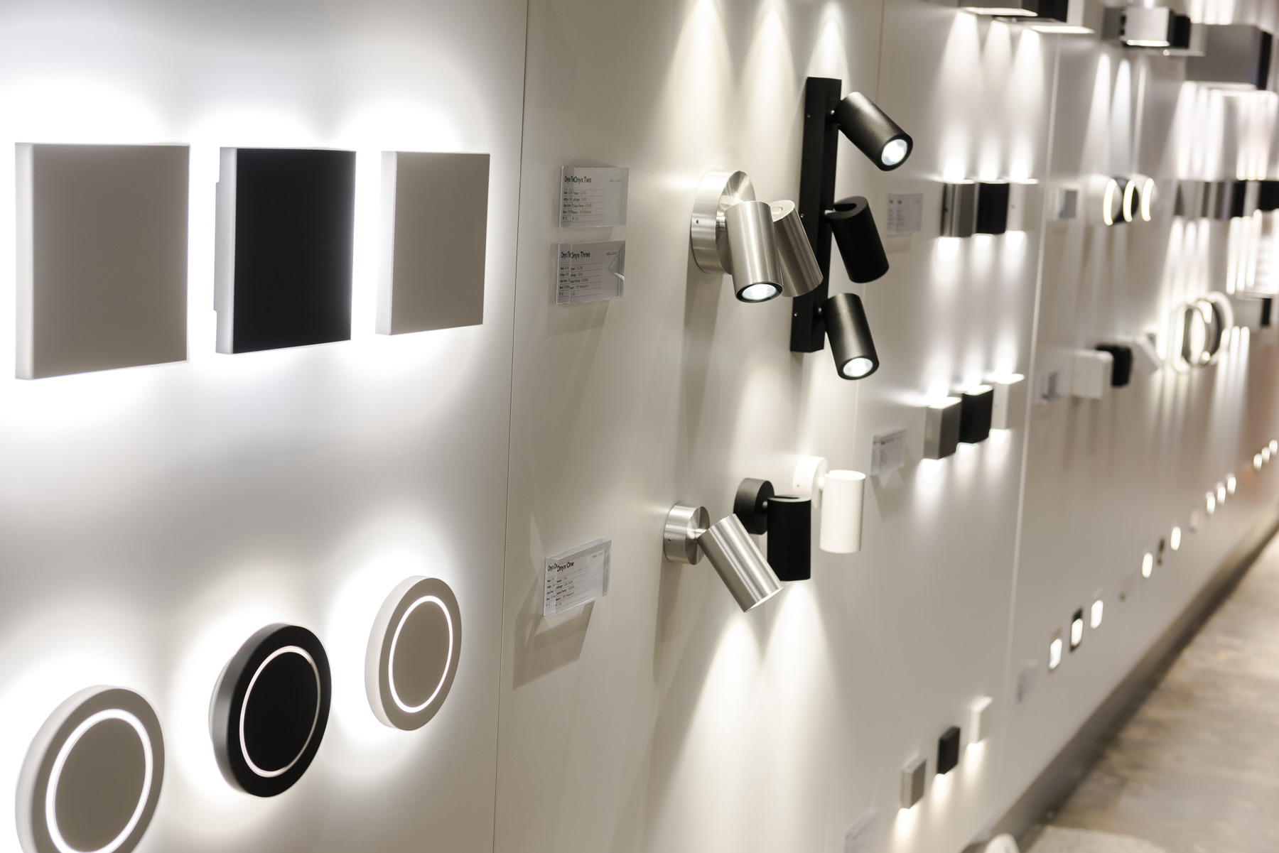 Led Outdoor Showroom Inspiration Unios