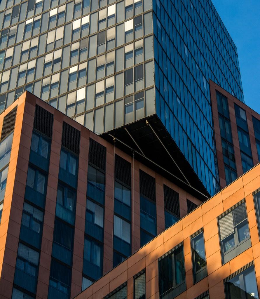 Kúsok modernej architektúry (Foto: Marcel Bosnyák)
