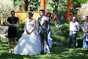 wedding celebrant in LA ROCHELLE