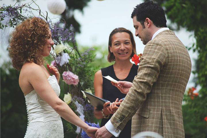 Unique Ceremonies - Symblic Wedding France Tours
