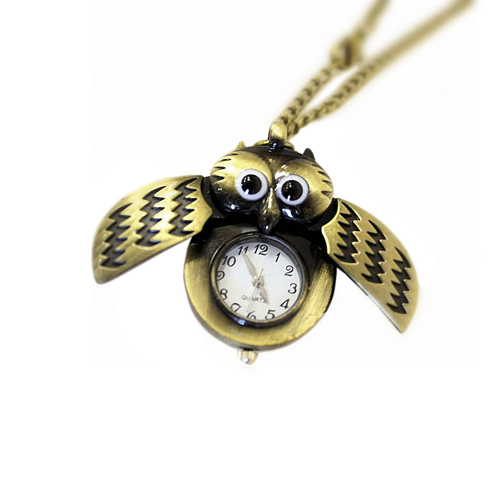 Retro Winged Steampunk Owl Clock Pendant