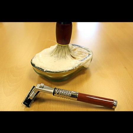 old school shaving kit image 2