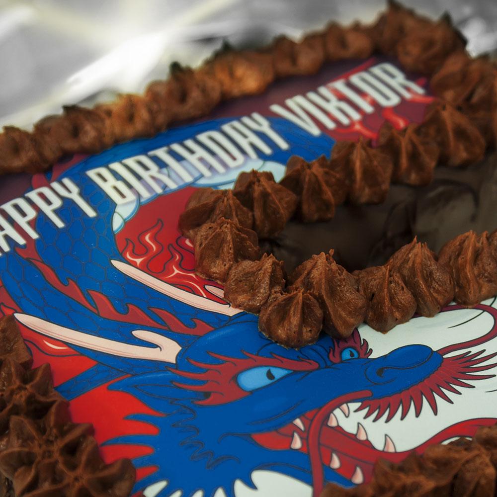 number 5 birthday cake detail image