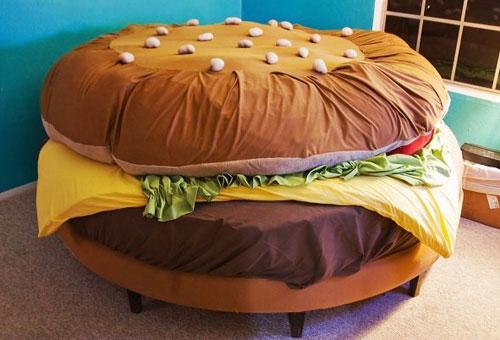おいしそうなハンバーガーベッド
