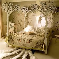 森の中にいるようなベッド