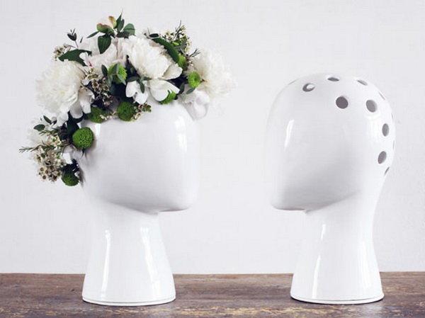 髪の毛がお花で可愛い花瓶