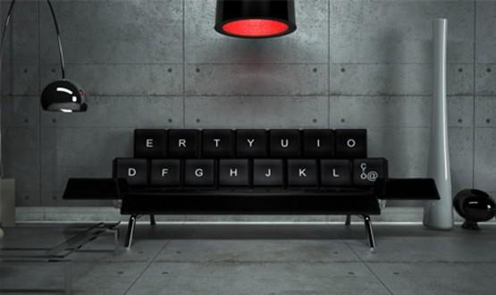 座り心地バツグン!キーボード型ソファー
