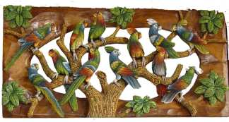 Carved Parrot Picture