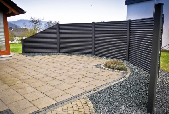 How-to-create-sloped-fences (3)