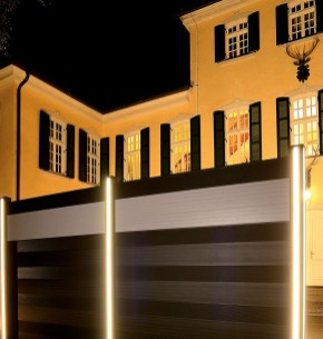 fence corrugated dark grey and white with lights 2
