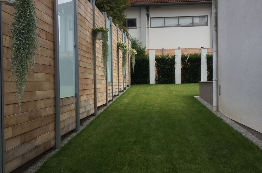 fence flat wood and glass panels