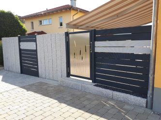 fence rhombus black and white with picture panels