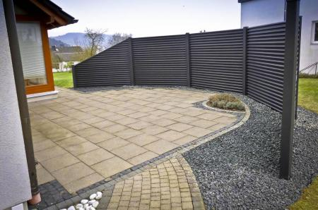privacy fence black rhombus round