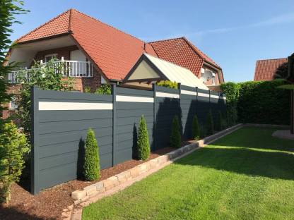 fence flat dark grey and white with dark grey fillers