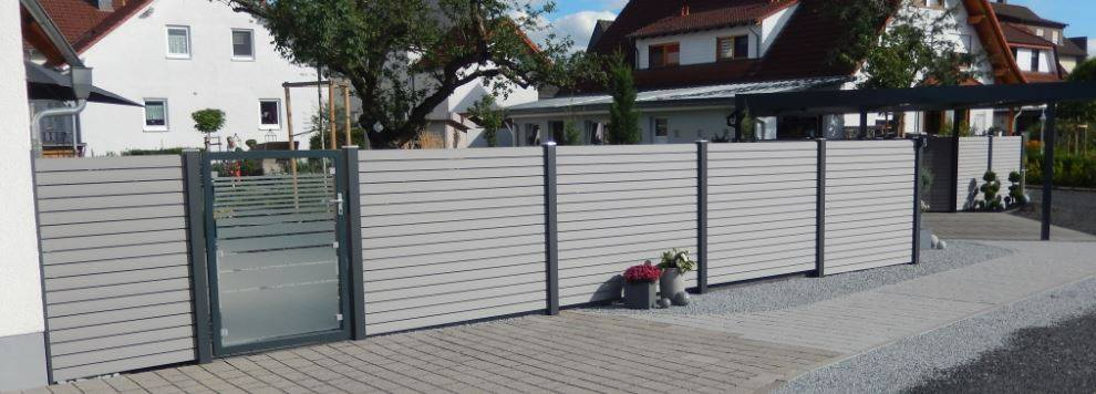 fence rhombus white with gate