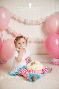 Soft Pink and White Birthday Cake Smash Set Up – shared on Jeneanne Ericsson