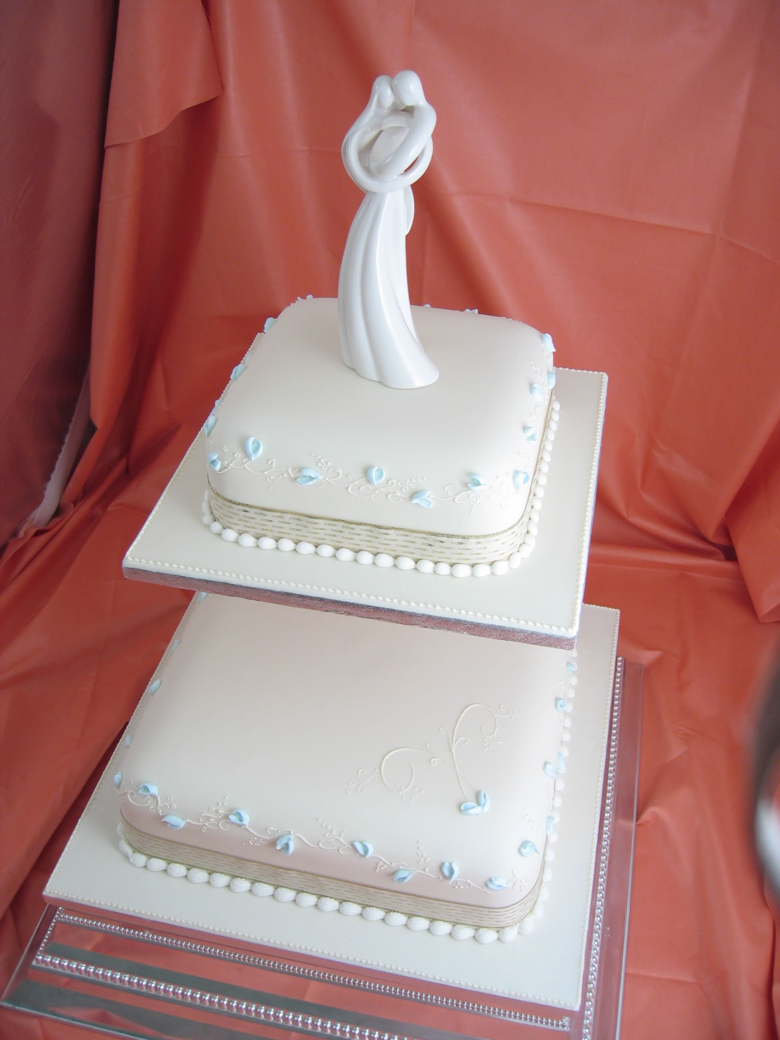 wedding cake ideas   Unique Wedding Cakes Square 2 Tier Wedding Cake jpg