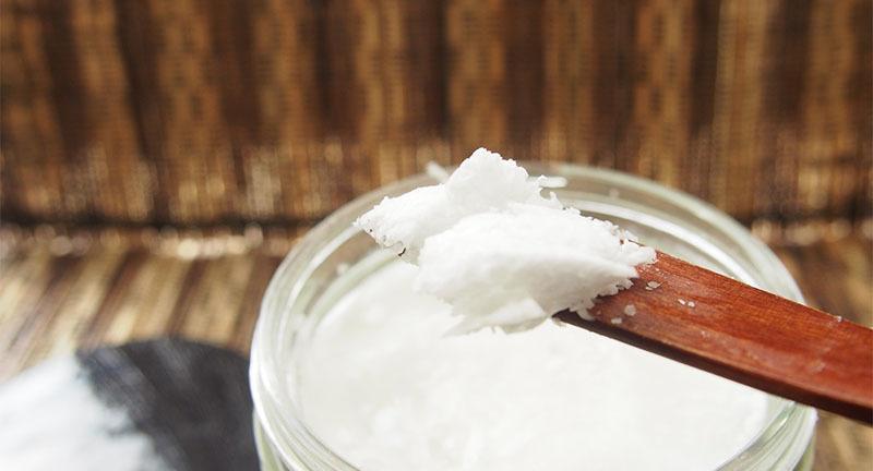 Aceite de coco para la piel y el pelo