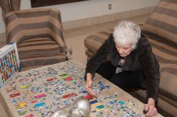 Bonnie can't pass up a jig saw puzzle