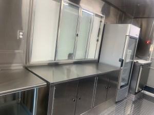 deluxe food truck kitchen