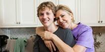 mom with teenage son