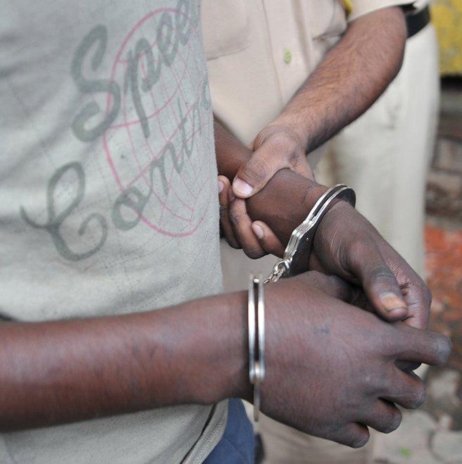 handcuffs-hindu