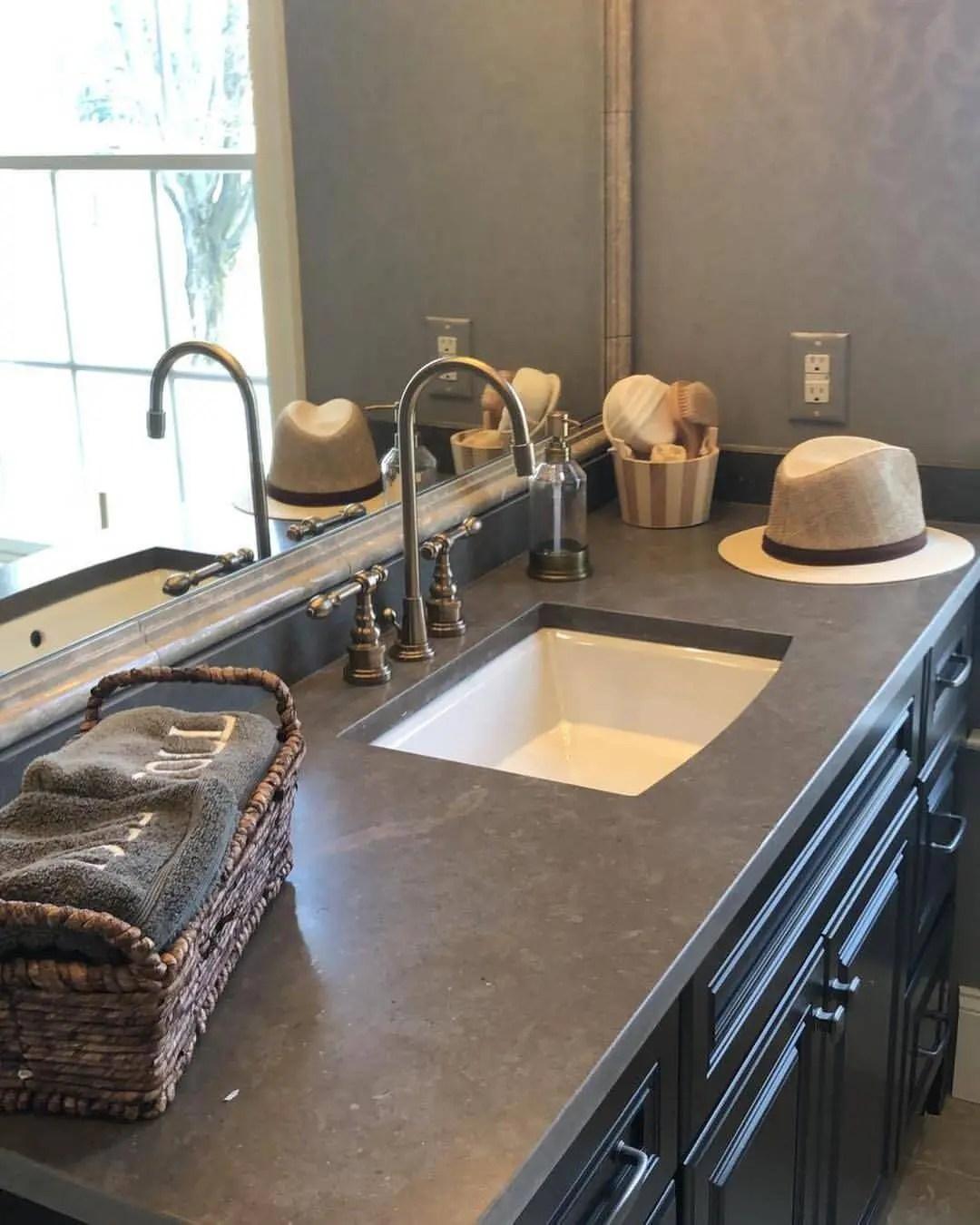 quartzite bathroom countertops