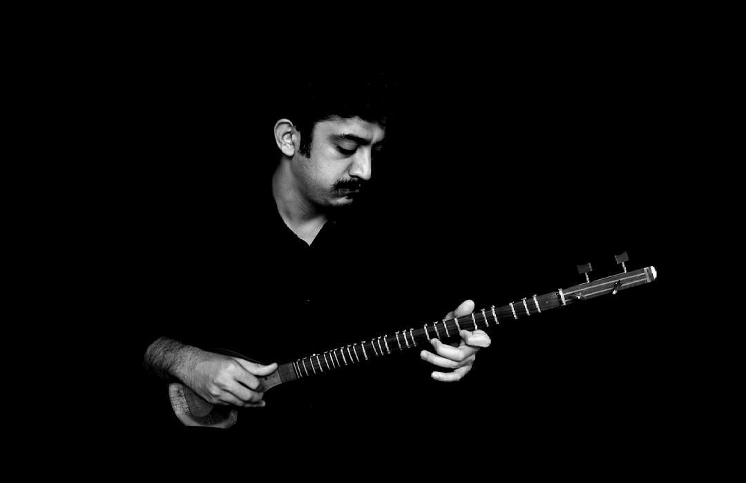 Draw for Iranian Imprisoned Musician Mehdi Rajabian