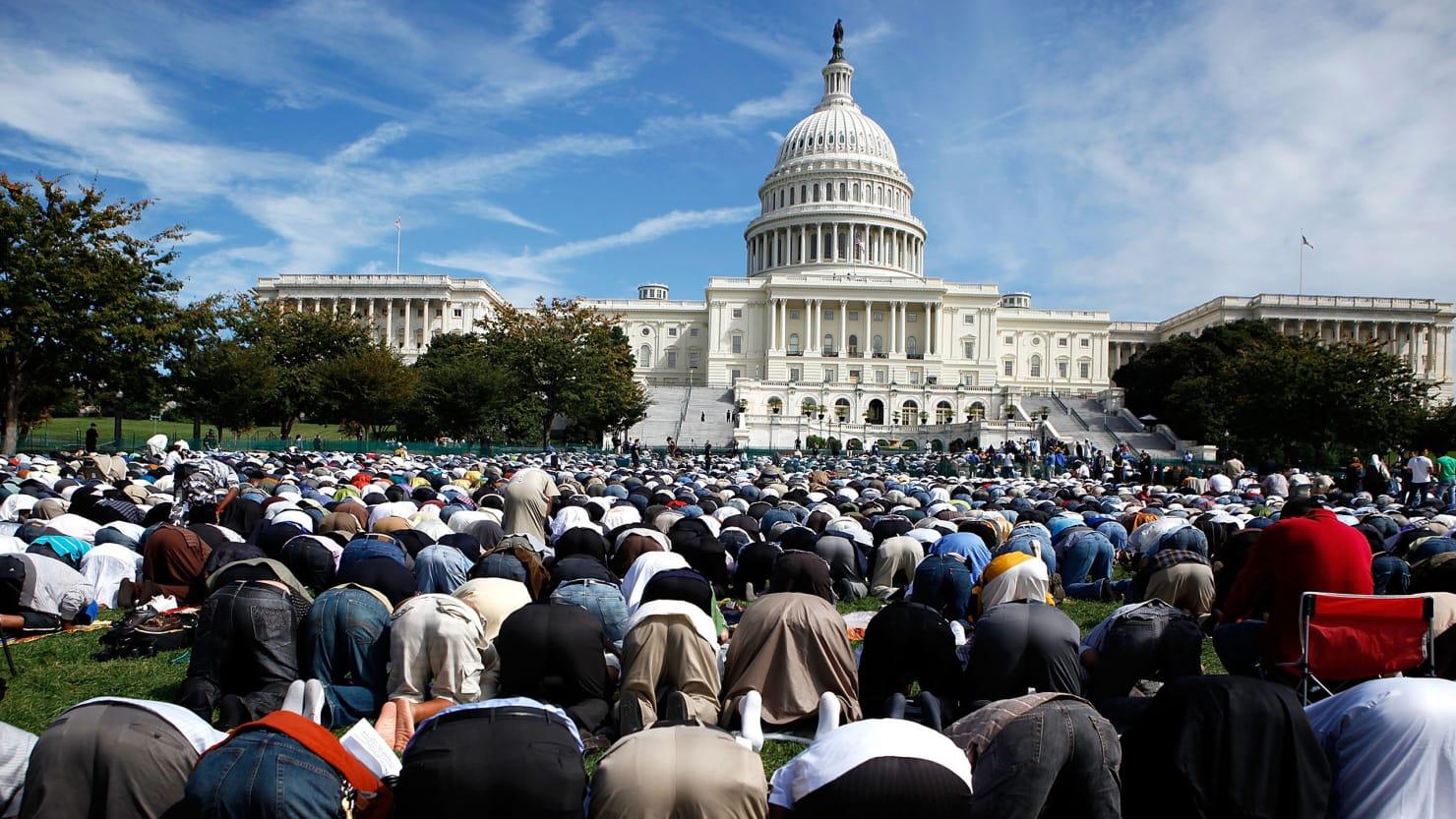 180424-dean-muslim-tease_swnibb.jpg