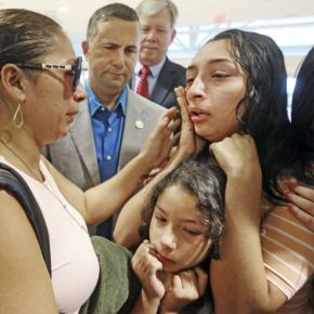 Facing deportation, former Marine's wife leaves for Mexico