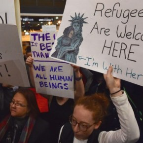 US admits lowest number of refugees in more than 40 years