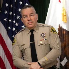 Watchdog group wants Sheriff Alex Villanueva to further separate his department from ICE