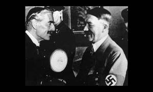 Hitler greets Neville Chamberlain (L) on his arrival in Munich, 29 September 1938. (Photo: United States Holocaust Memorial Museum)