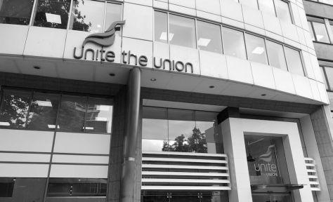 Unite House monochrome