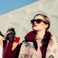 pexels-photo-285171 Fashionable woman shopper