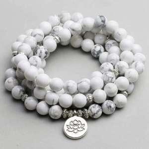 """Bracelet Mala """"Lotus"""" de 108 perles en Howlite Blanche - L'univers-karma"""