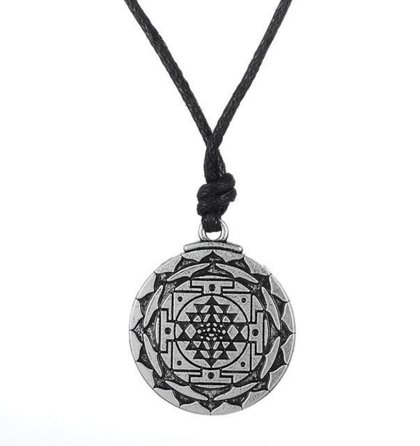 Amulette Sri Yantra - L'univers-karma