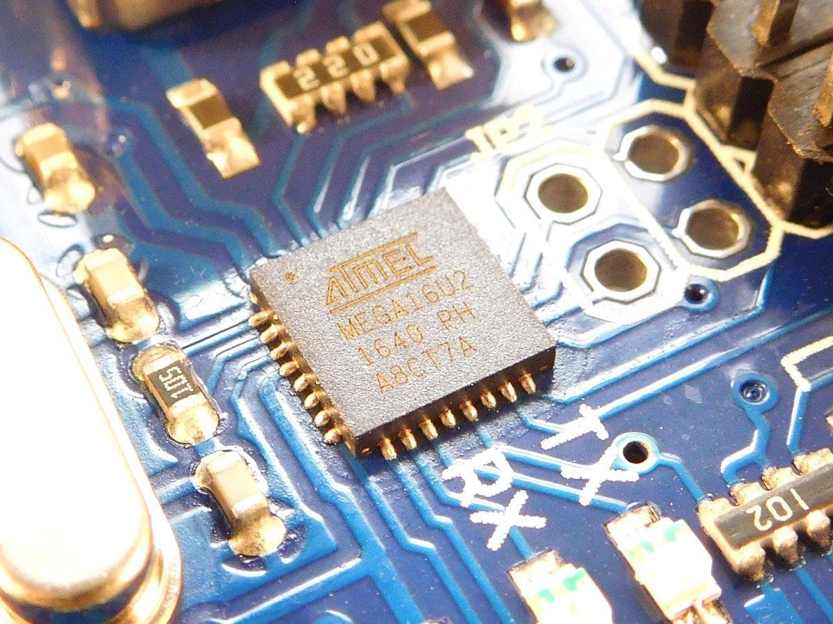 Arduino Uno R3 Atmega16u2 USB compatible micro controller development board - smarter electronics by Universal Solder