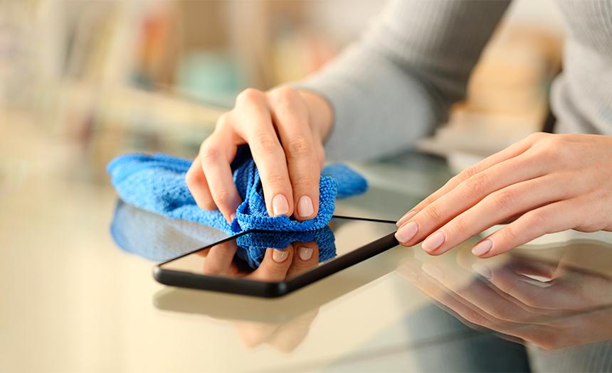 ¿Cómo limpiar el celular?