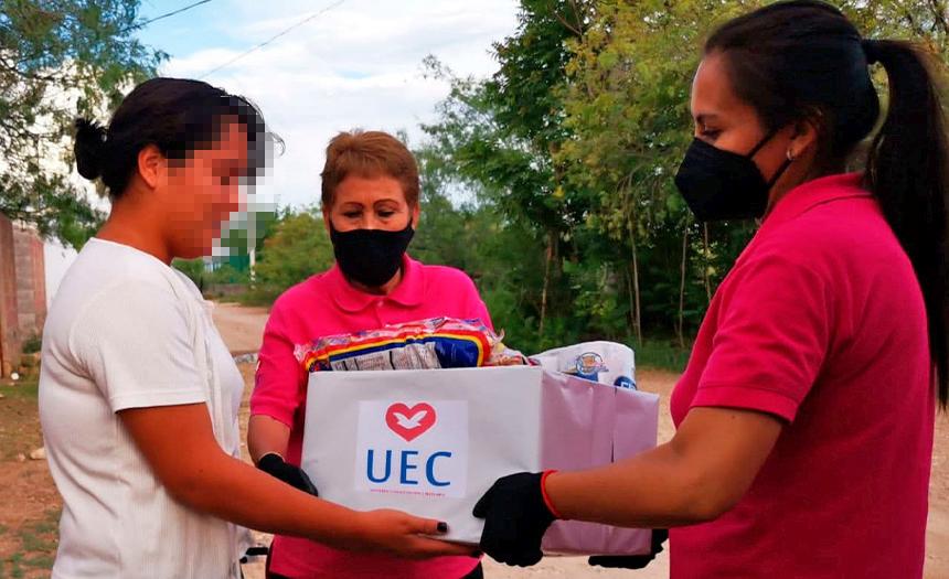 Visita Solidaria: UEC asiste a familias de reclusos