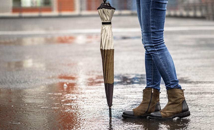 Protege tu calzado en época de lluvia con estos consejos