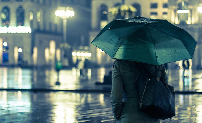 Evita ser arrastrado por las corrientes de agua en las lluvias